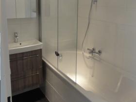 schram-voor-en-na-badkamer